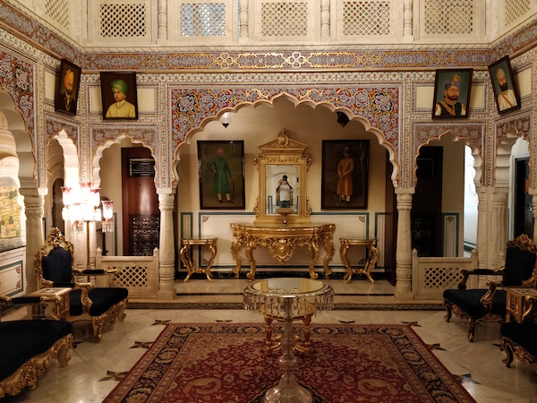 cost of travelling in india, hotels, luxury