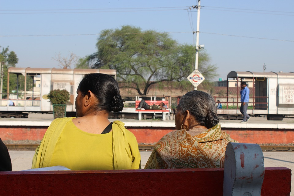 cost of travelling in india, india travel, trains in india