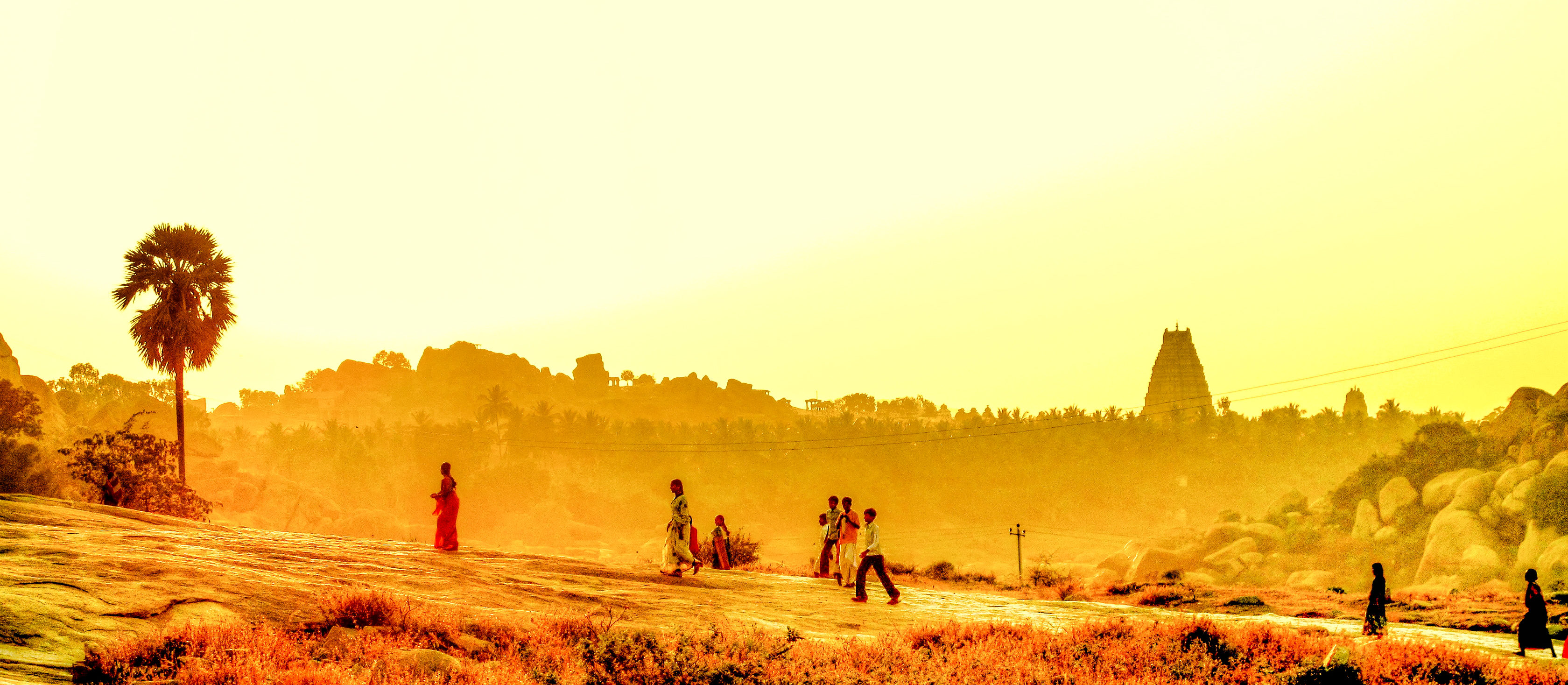 periode - zomer - seizoen, summer, hampi, best time to visit India, south india travels